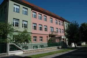 škola EGT